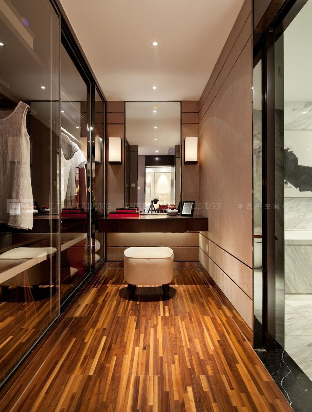 Rustic Wardrobe Design Ideas That Is In Trend 41
