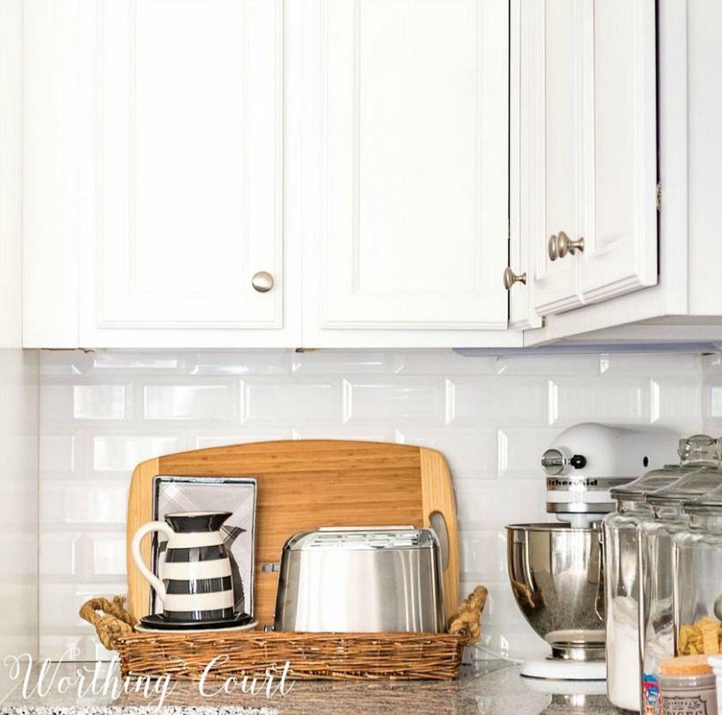 Amazing Organized Farmhouse Kitchen Decor Ideas 16