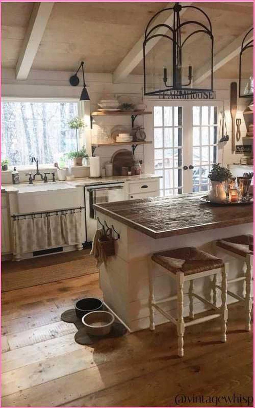 Amazing Organized Farmhouse Kitchen Decor Ideas 18