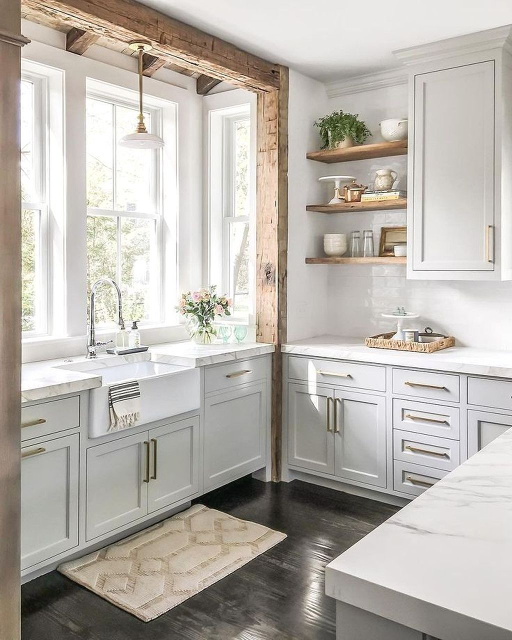 Amazing Organized Farmhouse Kitchen Decor Ideas 26