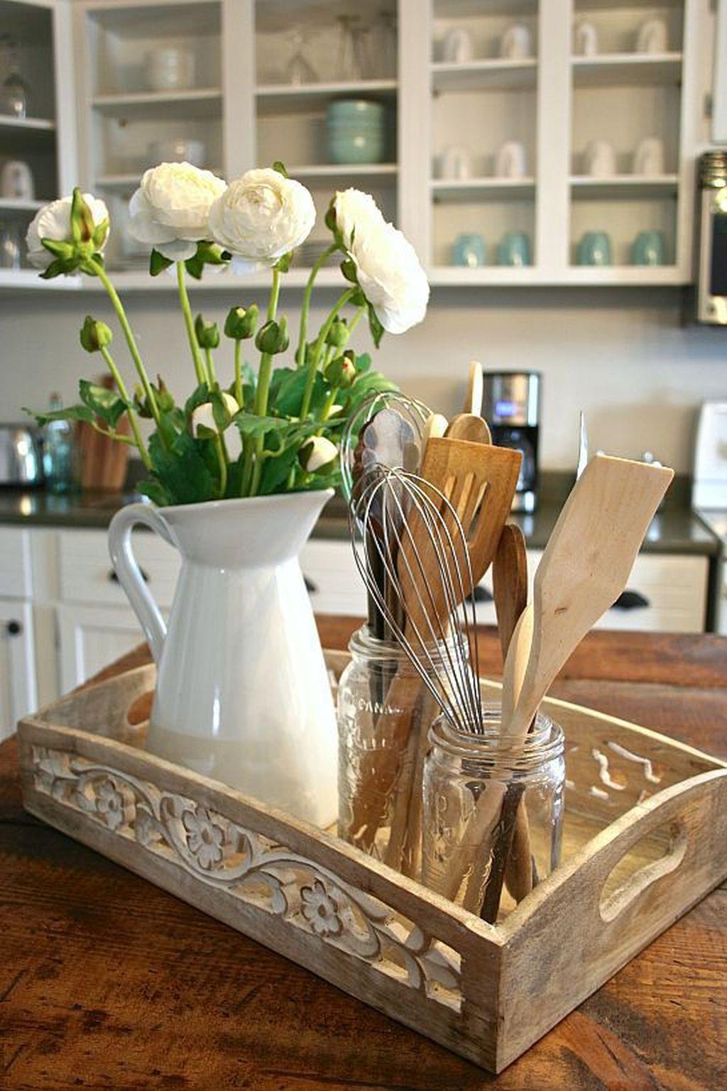 Amazing Organized Farmhouse Kitchen Decor Ideas 38
