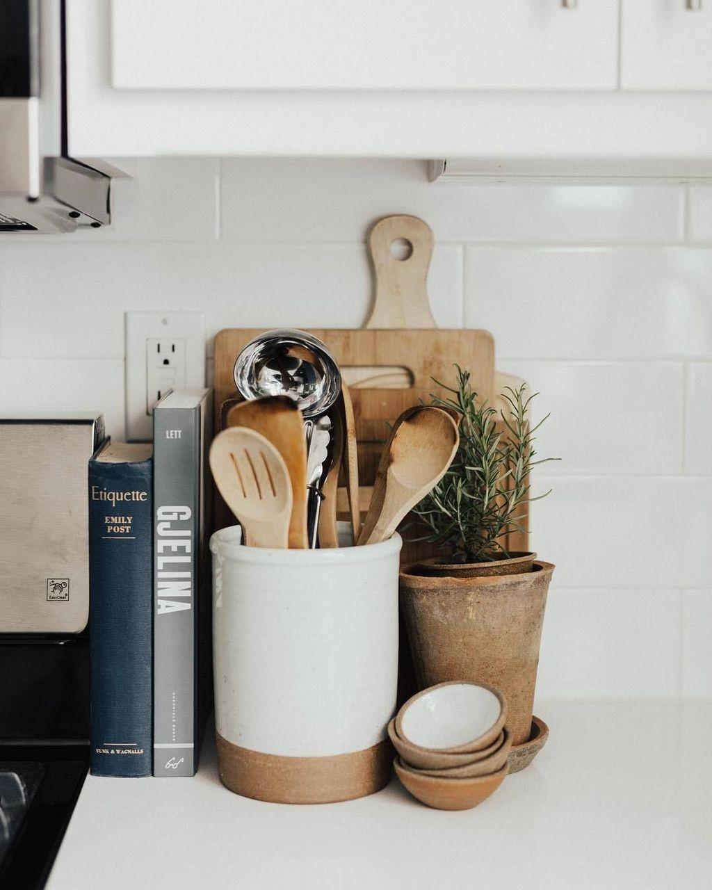 Amazing Organized Farmhouse Kitchen Decor Ideas 53