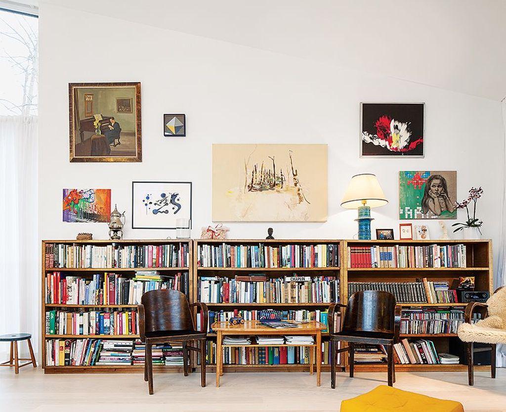 Elegant Bookshelves Decor Ideas That Trending Today 48