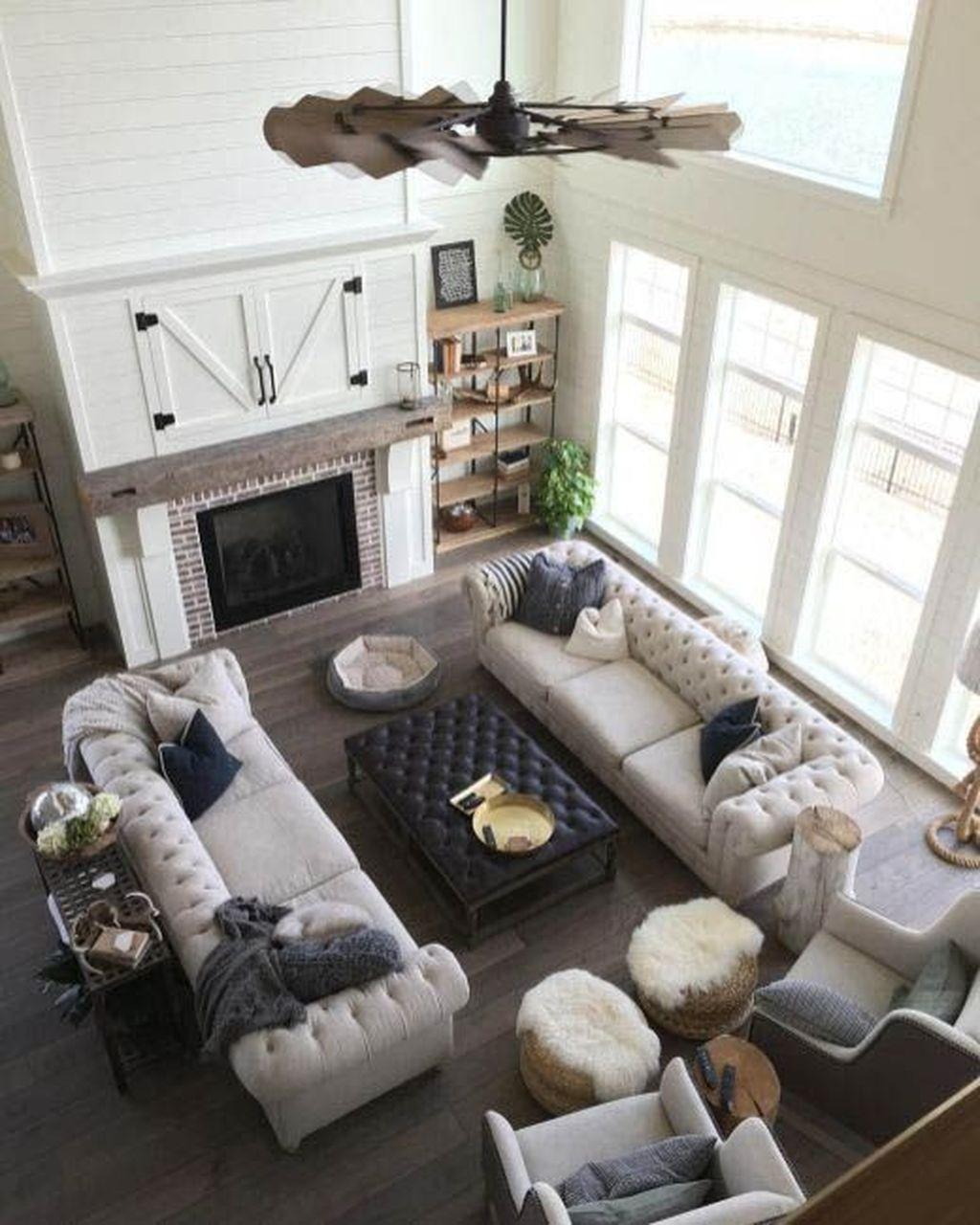 Splendid Farmhouse Living Room Decor Ideas 41